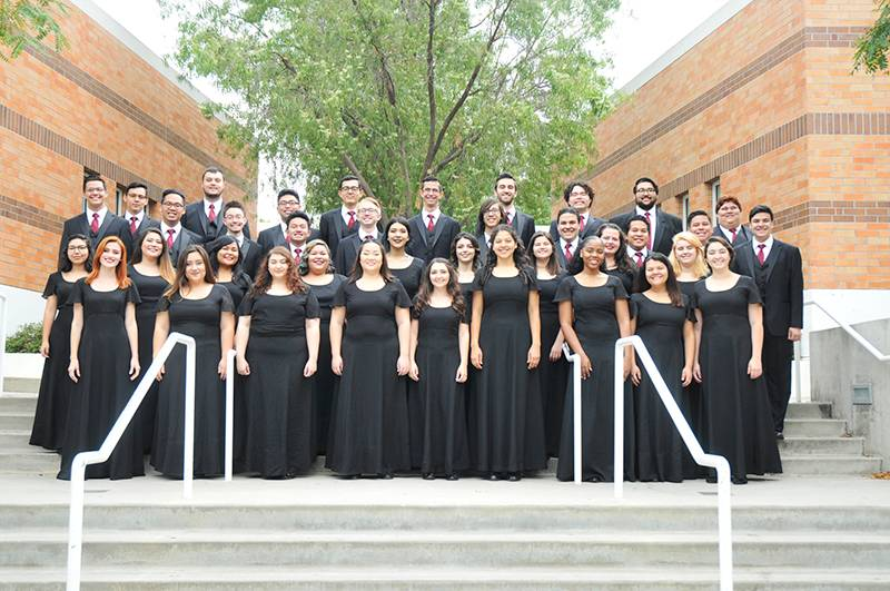 chamber singers group photo