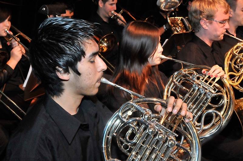 Students playing horns